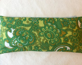 Groovy Green Lavender Eye Pillow with Removable Cover, Lavender Eye bag with Vintage Fabric Cover, Hippy Chick Eye Pillow in Lovely Green