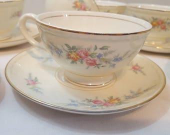 ON SALE, Homer Laughlin, Eggshell Georgian, Antique Teacup, Laughlin Teacup, Georgian Teacup, Homer Laughlin China, Laughlin Porcelain, Cups