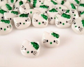 5 pcs Cat Hello Kitty Buttons, White Plastic Button Kitty with a Green Bow 15x15mm, for Childrens Clothing, Knitting Sewing