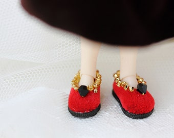 Shoes for middle blythe doll - red shoes for doll - middle blythe outfit - tiny handmade boots - gift!