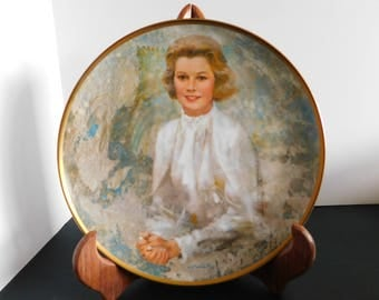 Princess Grace Vintage Plate Grace Kelly Plate Limited Edition Hamilton Collection Plate by Viletta, Artwork by Thornton Utz