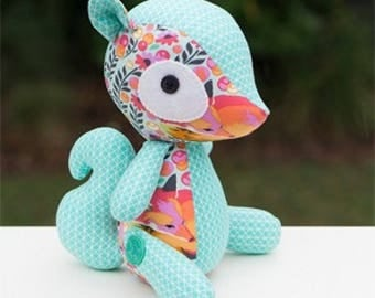 Sammie the Squirrel Toy Kit featuring Chipper by Tula Pink