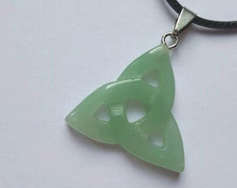 With aventurine pendant necklace