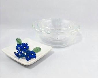 Pyrex Bowls 3 Different Sizes
