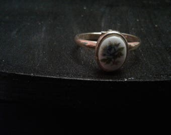Adjustable Floral Porcelain Ring