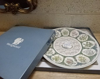 Vintage Wedgwood 1993 Calender Plate/Queens Ware/Decorative Plate/Collectible