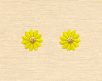Set of 2 pcs Mini Yellow Flower Iron On Patches Sew On Appliques