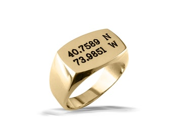 Mens gold signet ring, gents barrel shape large ring