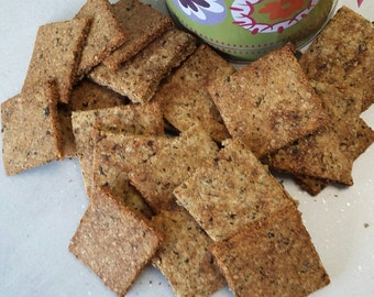Seaweed Crackers with optional metal canister. Delicious, crisp, savoury.