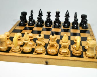 Vintage USSR chess set, Wooden chess, Wooden chess board 29x29cm (11,5''x11,5'')
