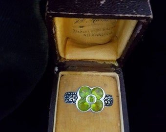 Retro Vintage CZ Green Flower Ring With Marcasites 7.5 OR *N*
