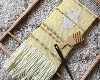 "Weaving, wallhanging, fibre-art, textile dècor, ""Yellow&gold""."