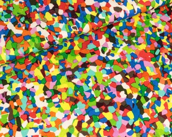 Viscosejersey colorful mosaic stones on white (8,00 EUR / meter)