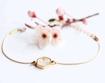 TIFENN bracelet - Fine gold and Quartz Rose - Collection spring/summer 2017 (Hexagon, geometric, minimalistic, marriage, semi precious stone)