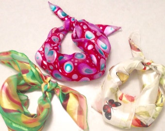 Vintage scarves/retro scarves/scarves/clothing accessories/women's accessories/CLEARANCE
