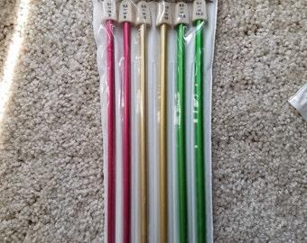 Susan Bates Knitting Needles Set in US sizes 9, 10, 10.5