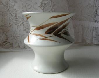 Arabia Finland: A Ceramic Handmade ARA Vase Designed And Signed By Gunvor Olin-Grönqvist