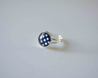 Glass Cabochon Ring,  Navy Blue with White Spot in Silver plated adjustable ring