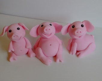 Pigs edible cake toppers, set of 3