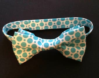 REDUCED!!  Little Boys Aqua Polkadot Bow Tie, Baby's Adjustable Bow Tie, Aqua and White Tie, Aqua & White Polka Dot Bow Tie, Baby Bow Tie
