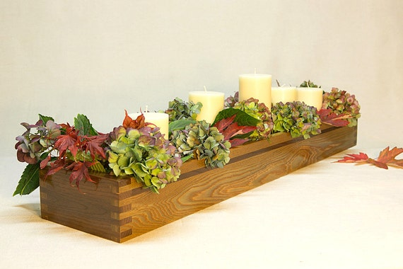 Wood centerpiece box red oak long craftsmen style