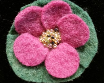 Cloth brooch