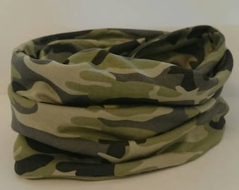 SALE!! Baby Infinity Scarf,  Camo Baby Boy Snood, Camo Boys Neck Warmer, Camouflage Snood,  Daddy and son,  Baby Boy Bandana, Mommy and me
