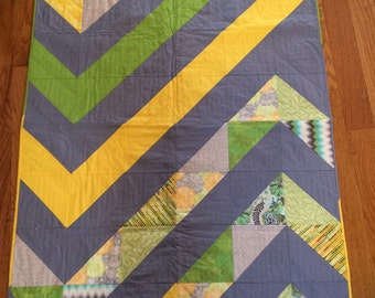 Gift for baby - hand made Mod Chevron Baby Quilt