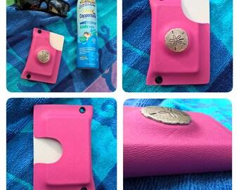 Custom Sand Dollar Twin-Slider Kydex wallet in Bright Pink & White