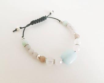 Bracelet ajustable avec billes en pierre d'Agate, pierre de Jade et quartz rose.