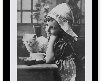 Photo of Kitten and Girl, Knitting, Photography, Cats, Yarn, Black and White, Girls Decor, Persian Cats, France, Vintage Old Photo, Old Pic