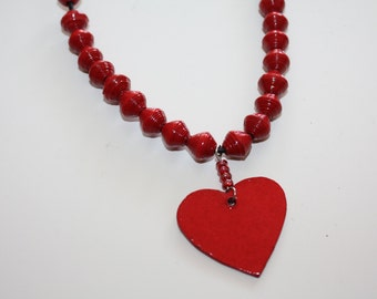 Paper beads heart chain #342