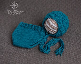 0-3 Month Knitted Diamond Bonnet and Diaper Cover (Color: Teal) *RTS