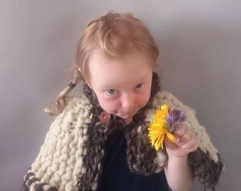 Knitting kit Viking Princess Capelet  - Jumbo handspun 100% British wool - chemical free - chunky art yarn knitting kit - un dyed wool