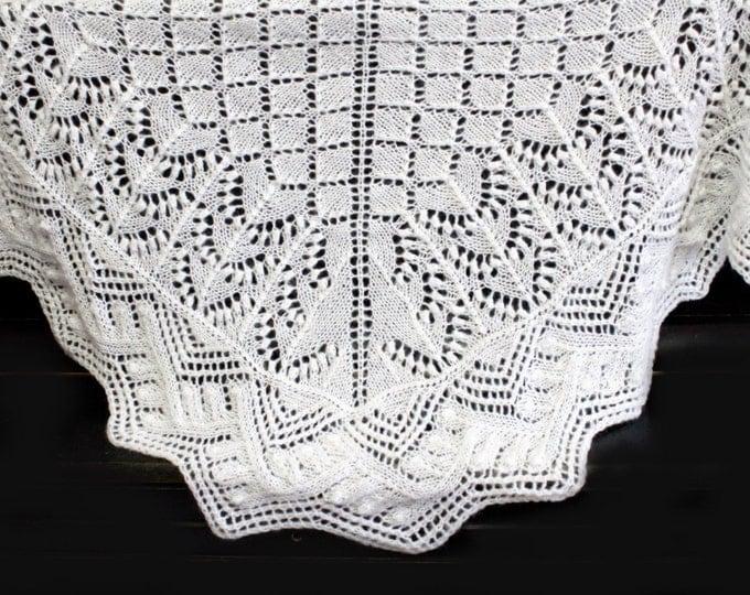 Knitted shawl, white shawl, knit shawl, knit scarf, triangular scarf, mohair shawl, openwork scarf, downy shawl, lace shawl, knitted scarf