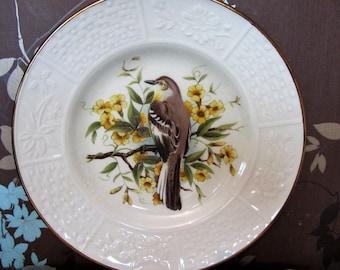 Britannia Designs Dartmouth Collectors Pretty Bird Plate