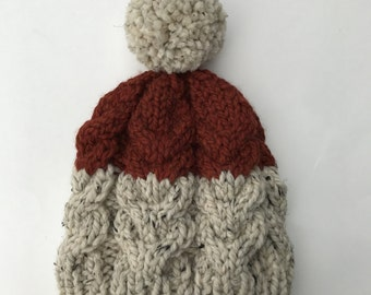 Two-toned Cable Knit Beanie: Rust