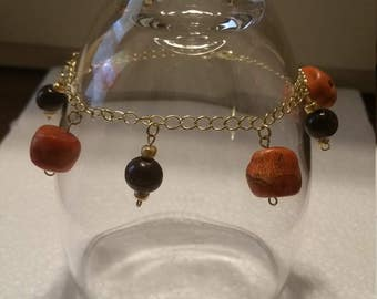 Coral and wood bracelet