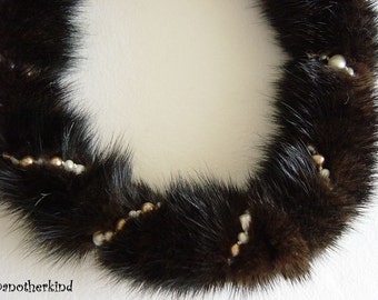 Mahogany Mink Necklace with Pearls