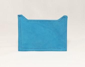 Door card in turquoise velvet lambskin
