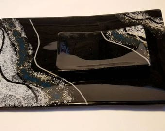 Glass sushi dish set in Black with wavy steel blue and white design