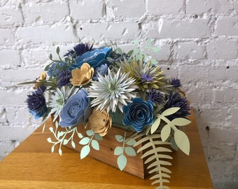 Floral centrepiece for out- or indoor dinner table - dinning room table centrepiece - wedding table centrepiece