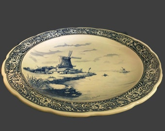 A Blue Delft Wall Plate, 15 3/4 inches in diameter