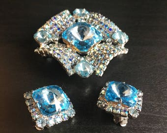 Vintage Unsigned Juliana D&E Aqua Blue Rivoli and Aurora Borealis Brooch / Pin and Earrings set