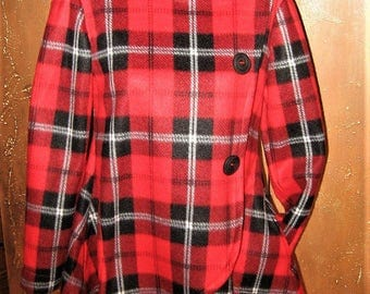 Red, black and white plaid collar coat.