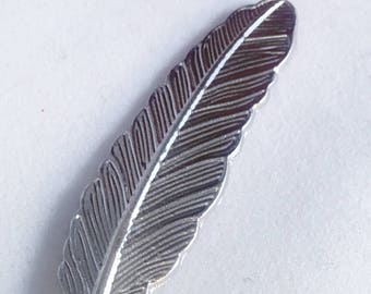 Silver feather  lapel pin