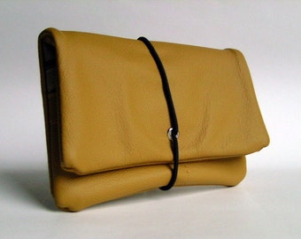Tobacco pouch leather light brown