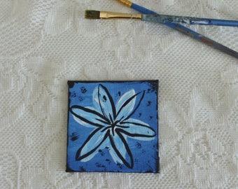 Whimsical & Decorative Pop Art Flower - Blue