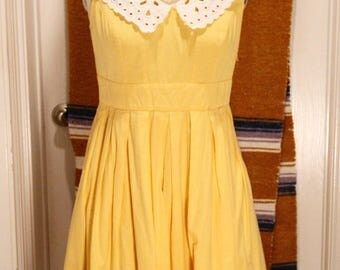 Darling yellow dress, WITH POCKETS!