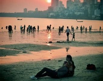 Chowpatty Beach Mumbai Print, Mumbai Sunset Print, Indian Couple In Love, Mumbai Peach Print, Pictures of Mumbai, Pictures of India,